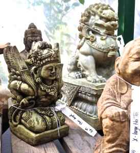 Photo of some garden statues.